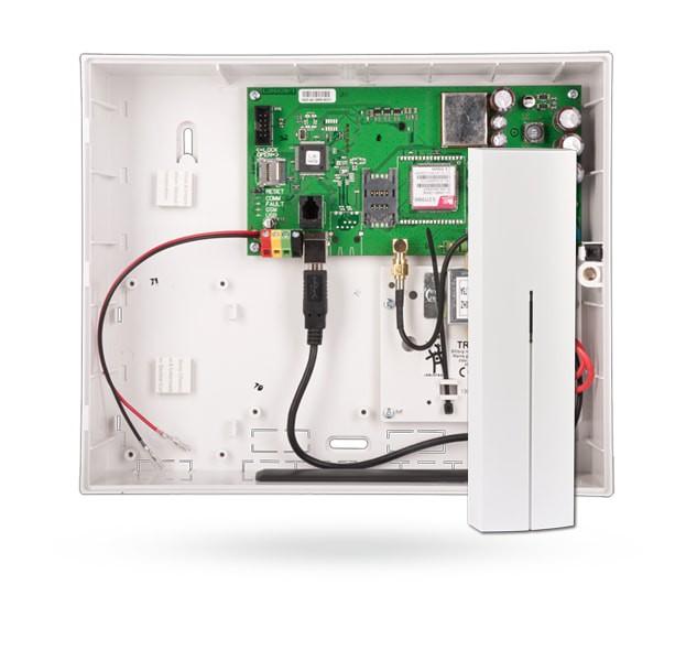 Centrala alarmowa z wbudowanym komunikatorem GSM/GPRS